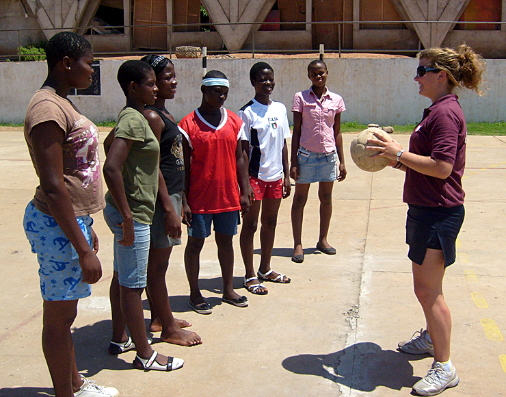 Volunteer Netball Project Ghana