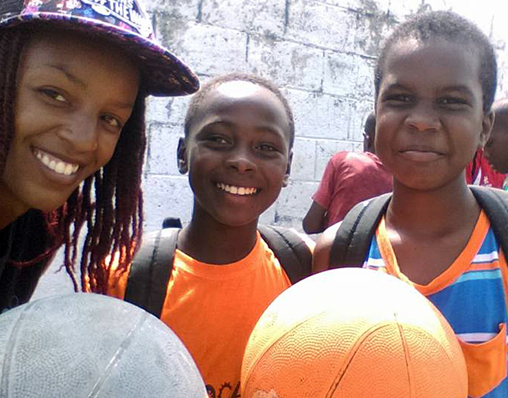 Basketball Coaching Volunteer Project in St Lucia, Castries 2569