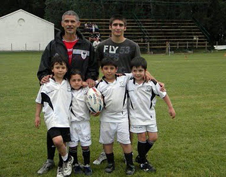 Coach Kids Rugby in Argentina