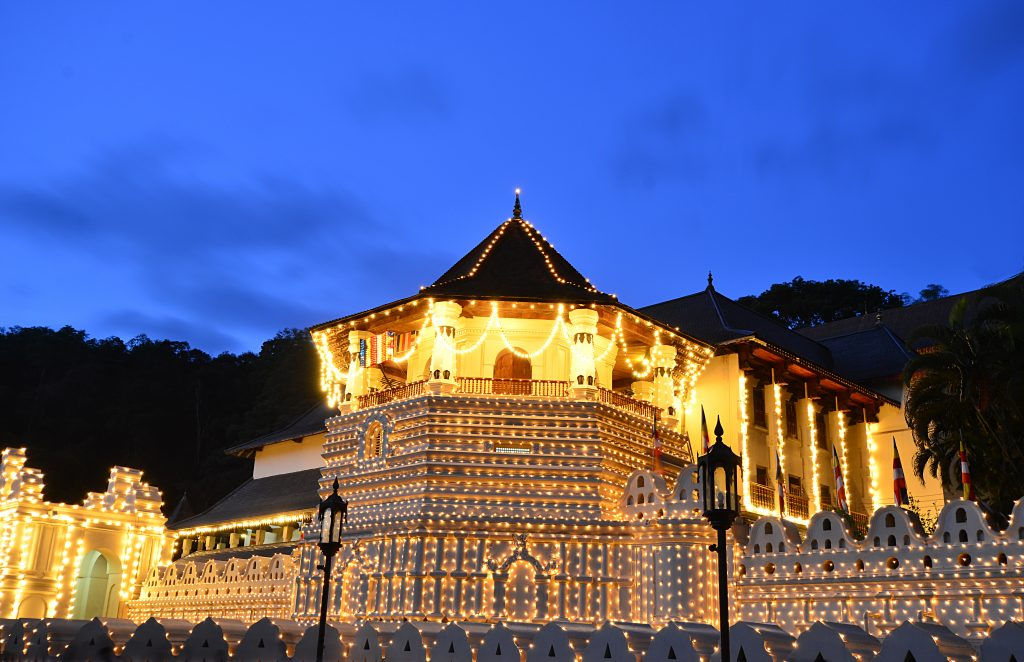 Sri Lanka - 1554 - Temple of Tooth Kandy