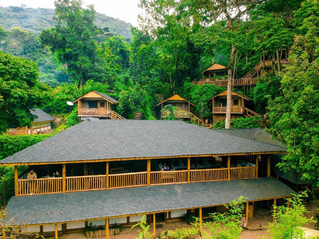 Uganda - 1568 - Bwindi Impenetrable Forest - Buhoma Lodge - Main Building from above