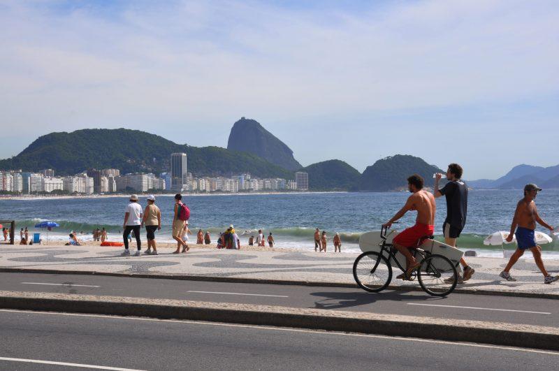 Brazil Adventure - 1569 - Rio de Janeiro - Copacabana - Beach Promenade - Photo Alexandre Macieira