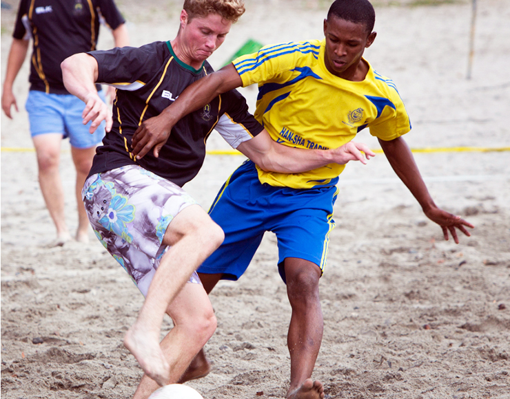 Play football in Mauritius
