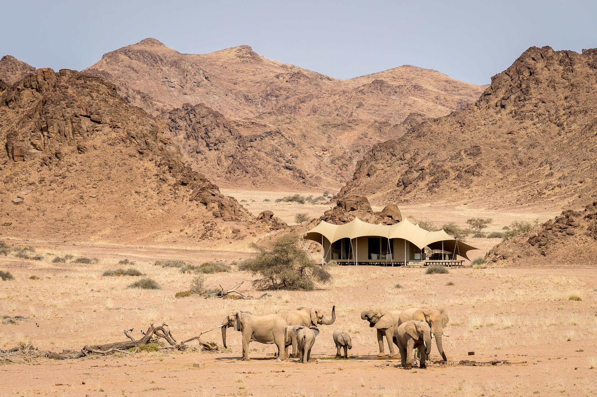 Namibia - 1552 - Hoanib Skeleton Coast Camp - Exterior