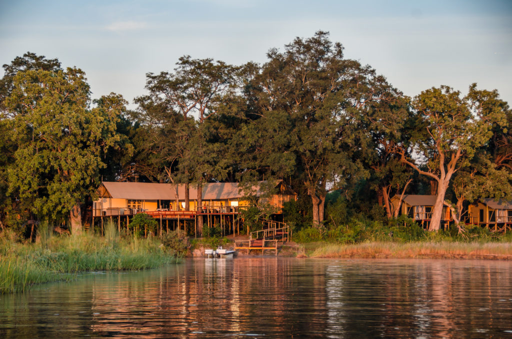 Namibia - Caprivi Strip - 1552 - Lodge from the River