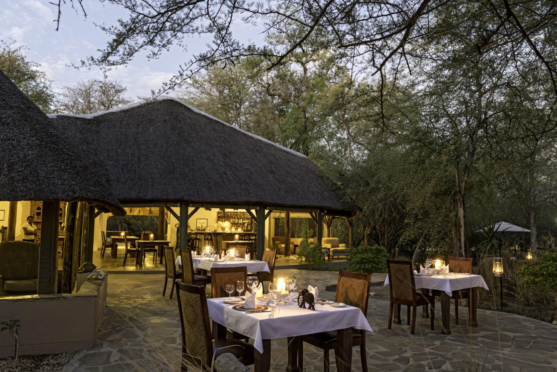 Namibia - 1552 - Onguma Etosha Aoba Lodge - Dining