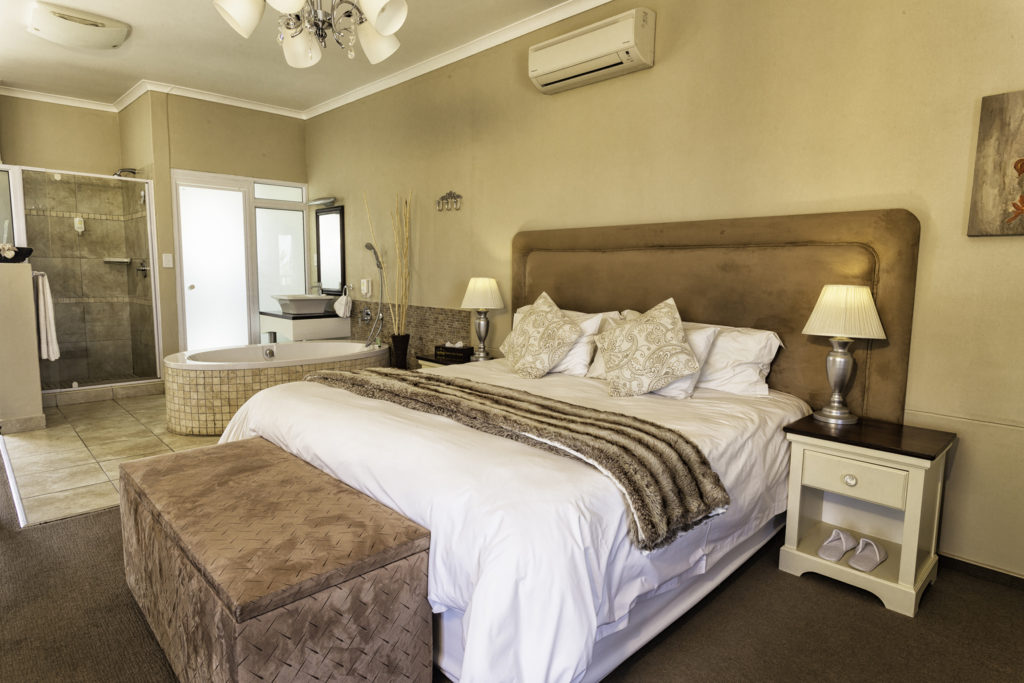 Namibia - 1552 - Hotel Zum Kaiser - Suite