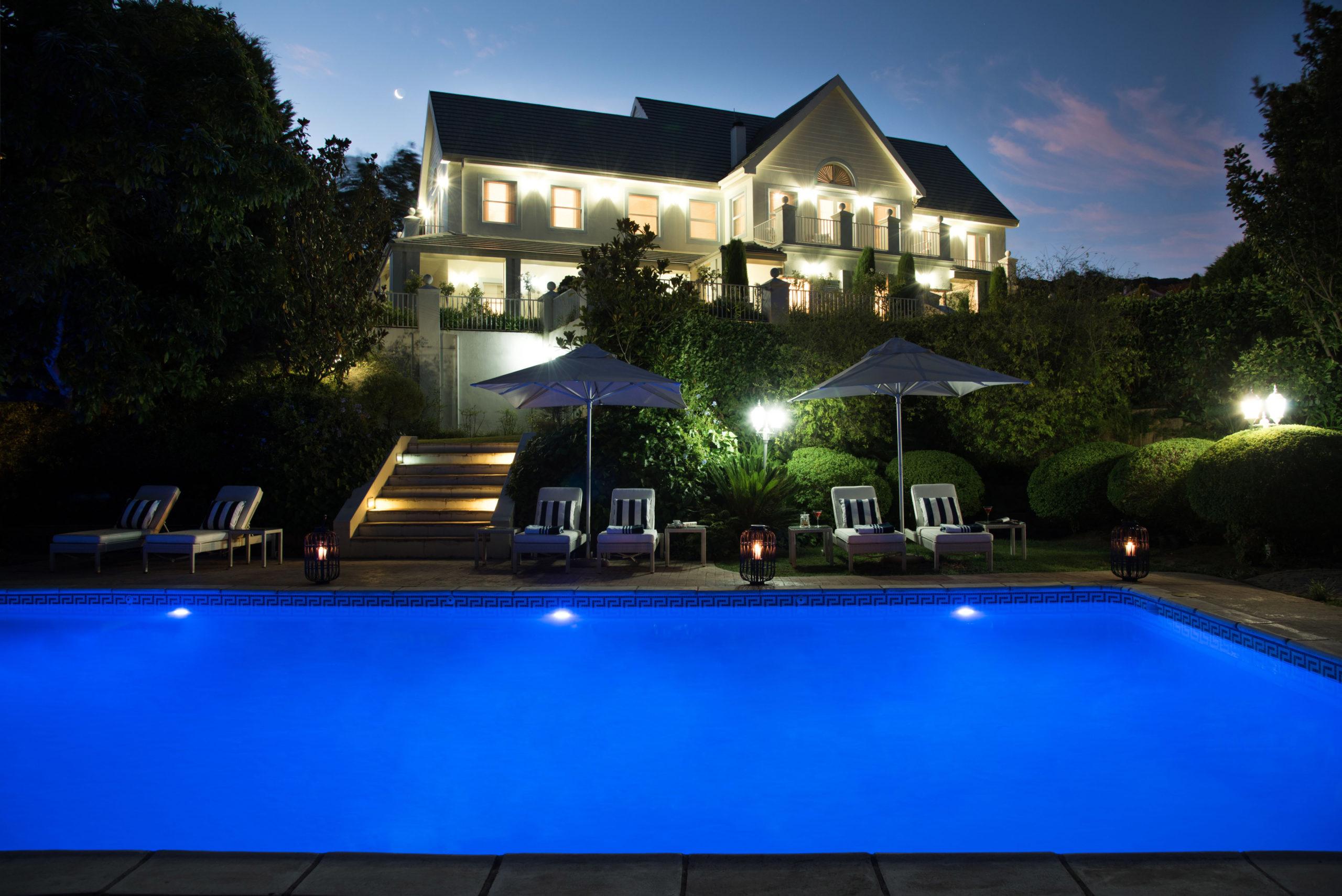 Light House-Pool