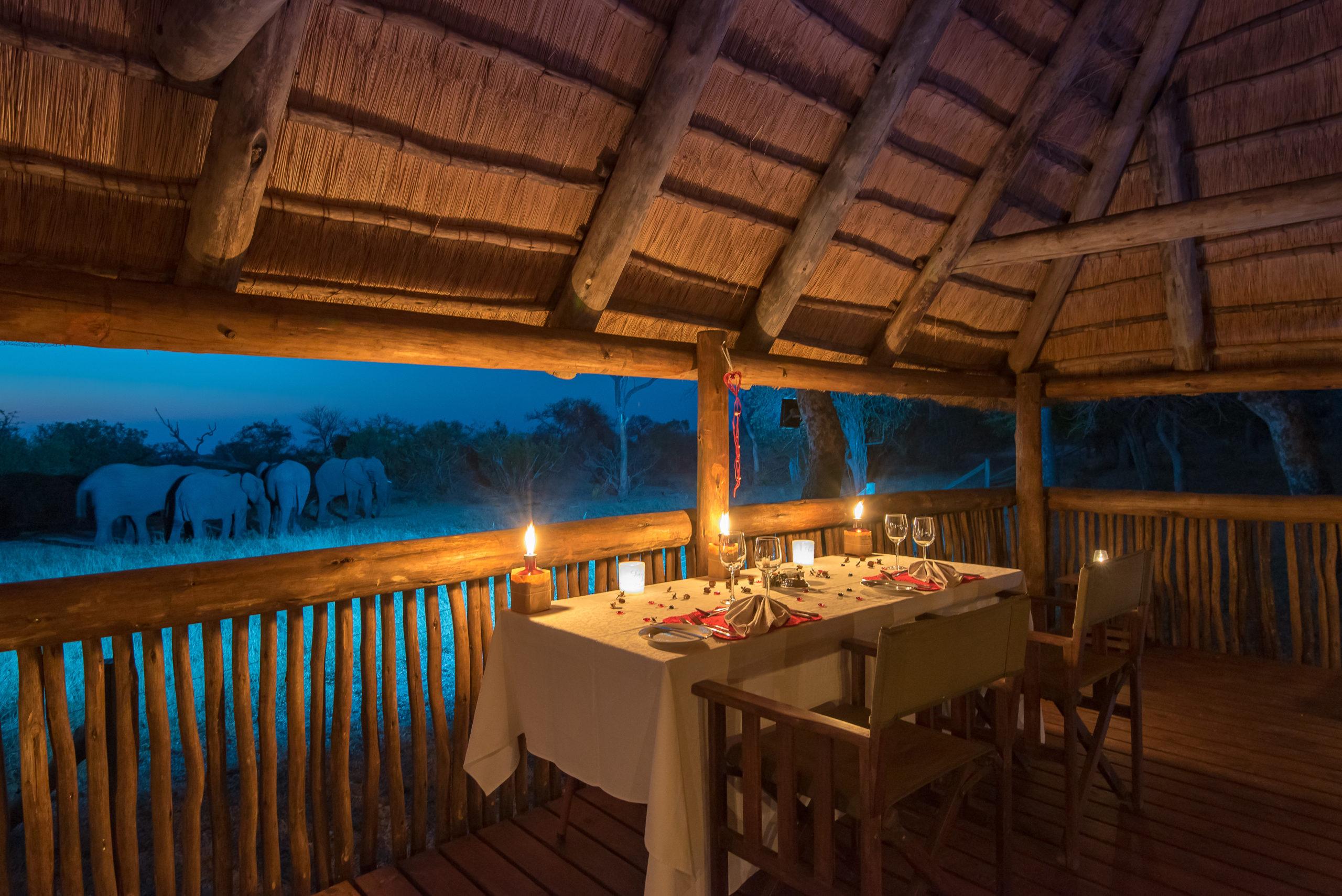 N'kaya Lodge-Dinner