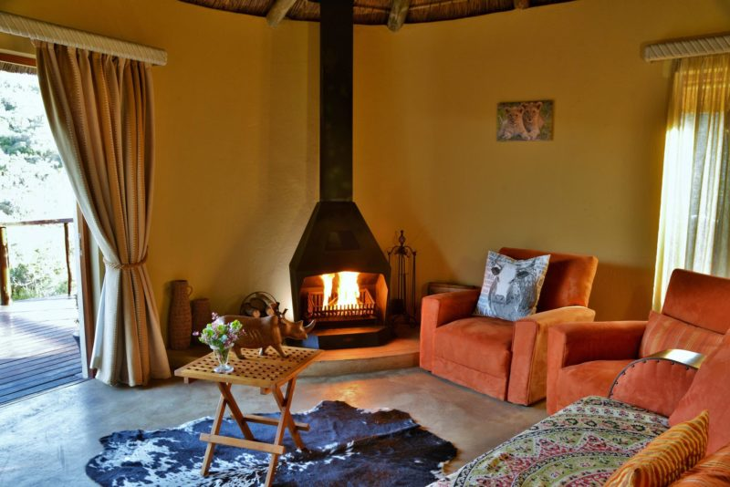 South Africa - Eastern Private Game Reserves - Sibuya Bush Lodge - Suite lounge