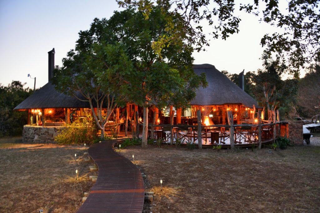 Sibuya Bush Lodge camp_lodge_exterior_11