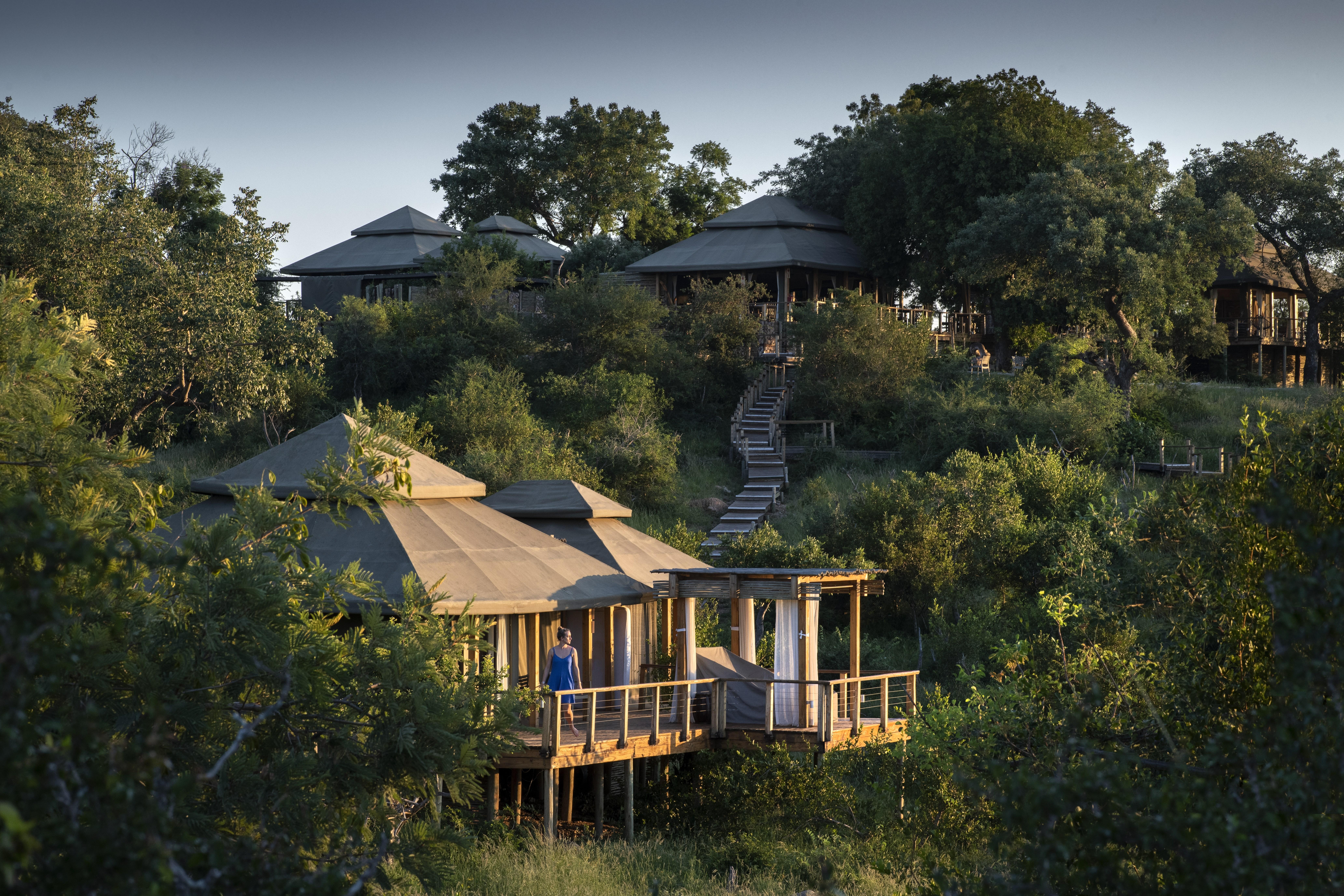 Simbavati Hilltop Lodge-Exterior