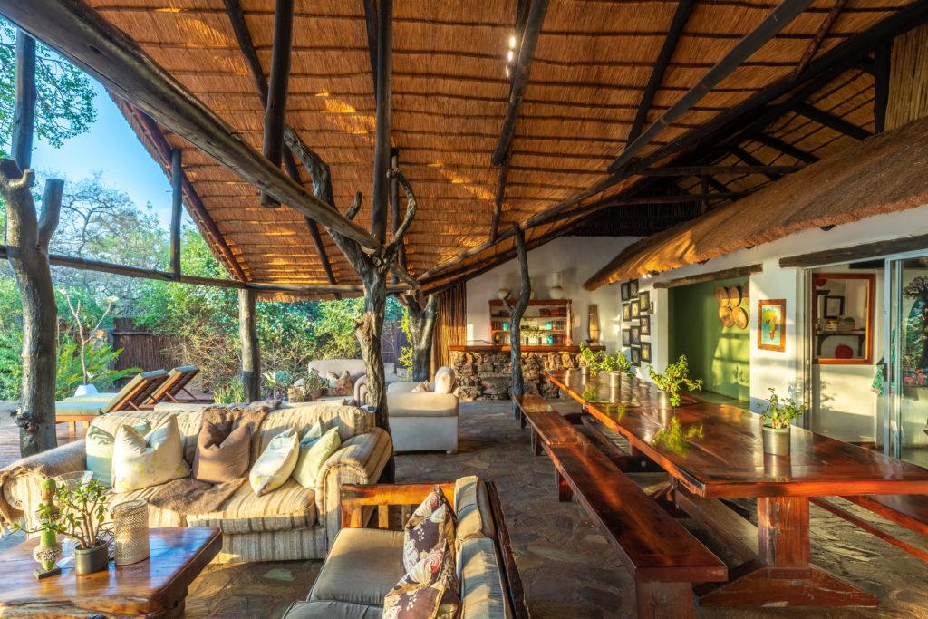 Thornybush Chapungu Tented Bush Camp Dining Room