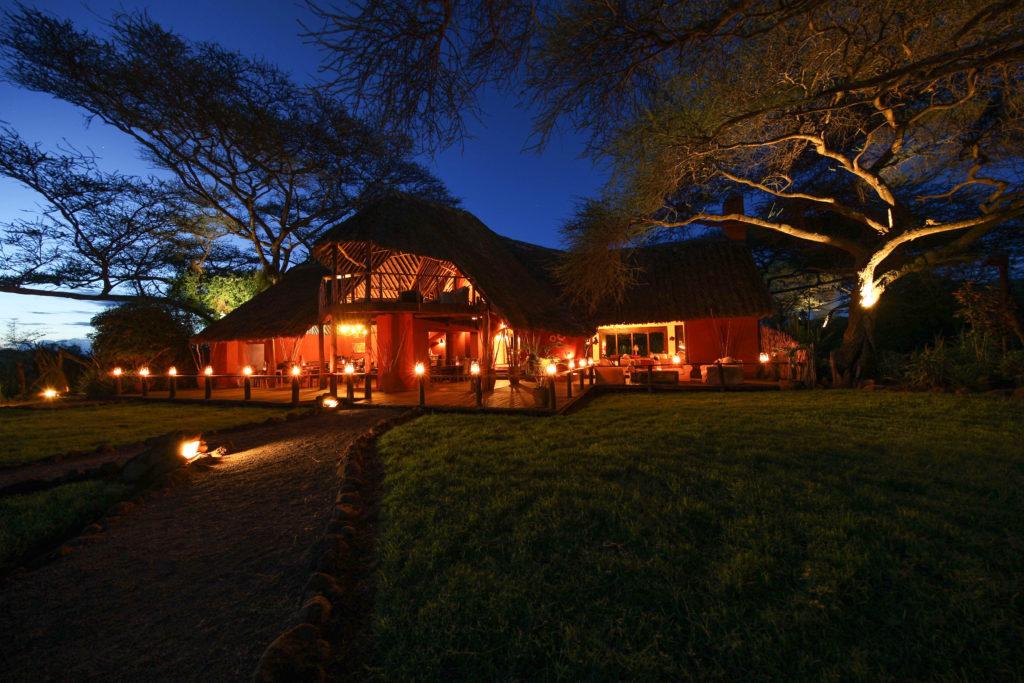 Kenya - Amboseli National Park - Tawi Lodge - Exterior at night