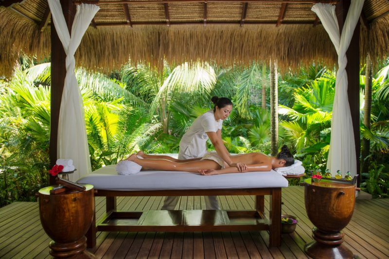 Seychelles - Mahe Island- 1554 - Maia Luxury Resort & Spa - Spa Treatment Balinese Massage outdoor massage bed