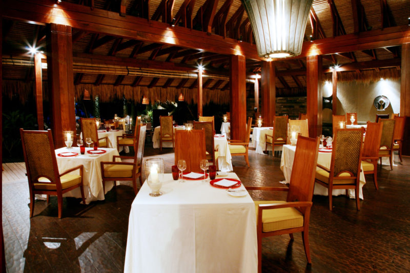Seychelles - Mahe Island- 1554 - Maia Luxury Resort & Spa - Tec - Tec Restaurant - Seating and candle light