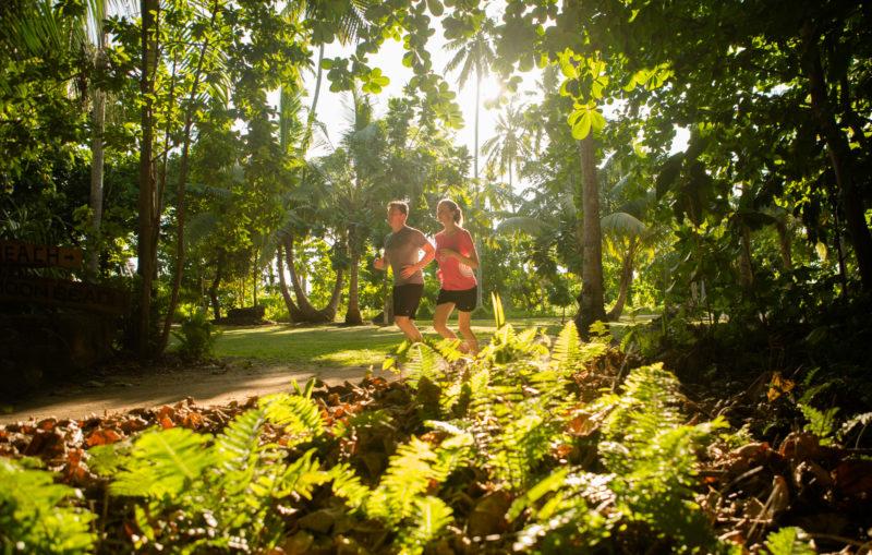 Seychelles - North Island - 1554 - North Island Resort - Jogging around the island