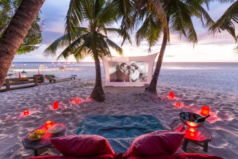 Seychelles - North Island - 1554 - North Island Resort - Movie and Picnic