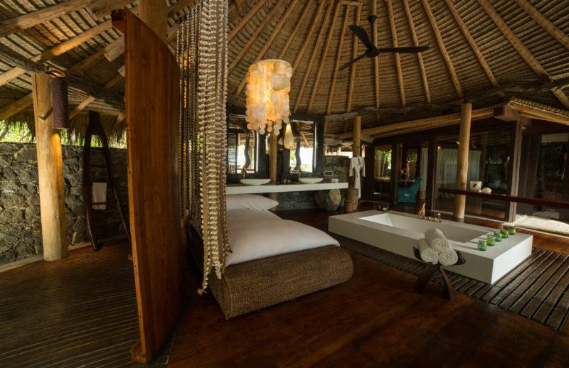 Seychelles - North Island - 1554 - North Island Resort - Presidential Villa - Bathroom and sunken bath