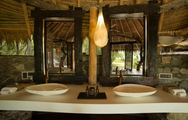 Seychelles - North Island - 1554 - North Island Resort - Presidential Villa - Bathroom style double vanity station