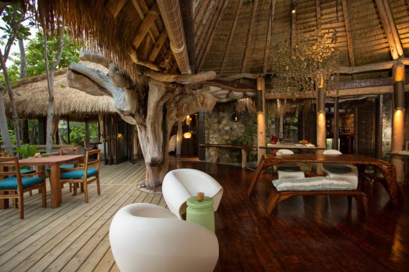 Seychelles - North Island - 1554 - North Island Resort- Villa North Island - Entrance area and outside seating