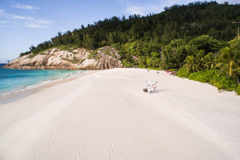 Seychelles - North Island - 1554 - North Island Resort- Villa North Island - Beach wedding secluded setting