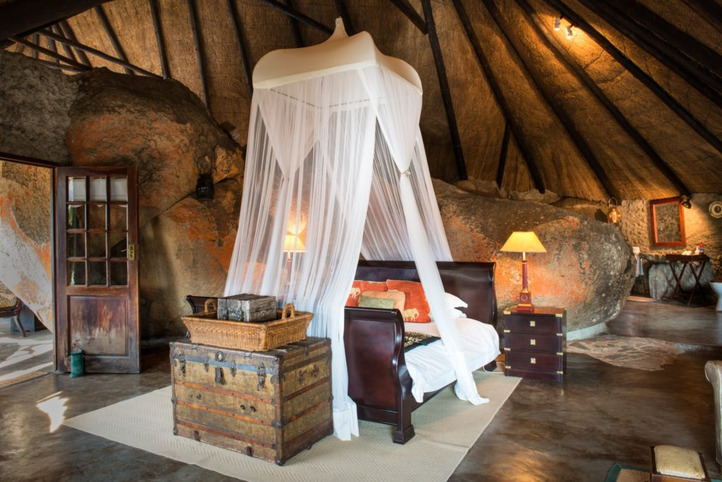 Zimbabwe - Matobo Hills - 1564 - Double Bed