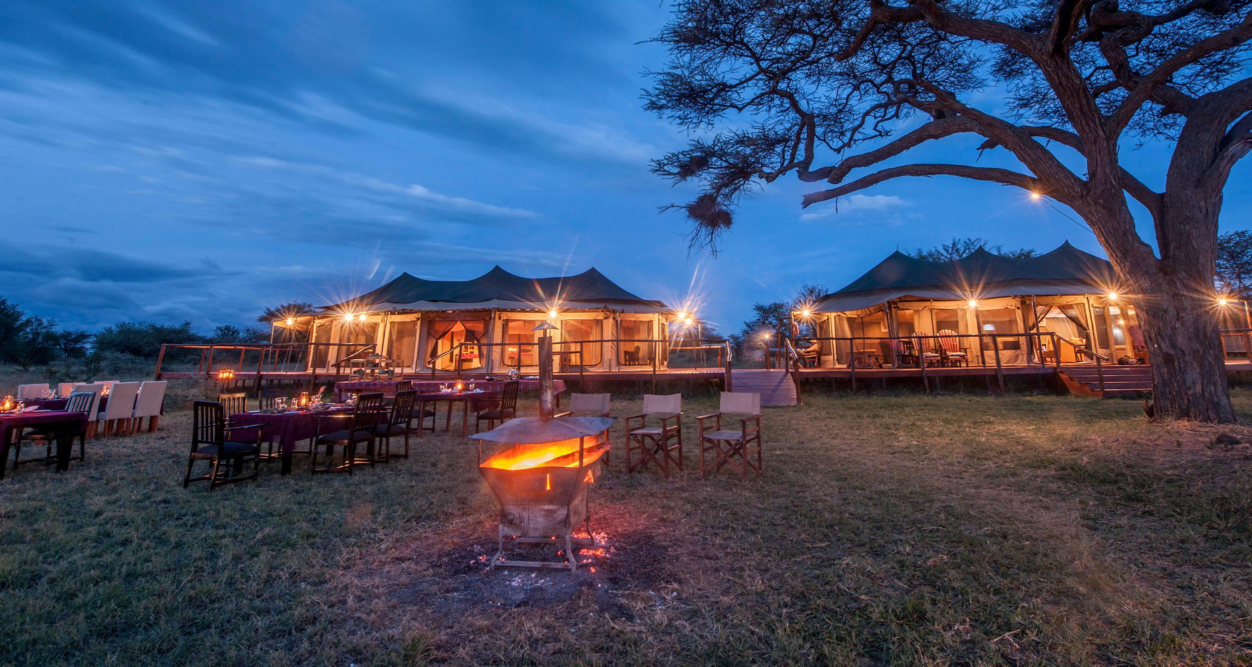 Acacia Seronera Luxury Camp Outside Dining Area