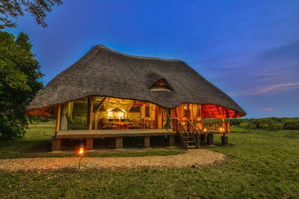 Uganda - Murchison Falls National Park - 1568 - Bakers Lodge Suite at night