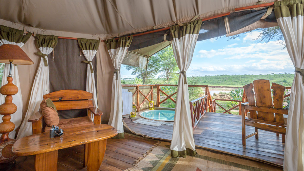 Kenya - Samburu National Reserve - 12890 - Views from the Decking