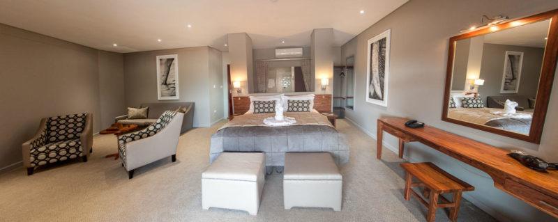 Botswana - Chobe River Front - Chobe Bush Lodge - Family room