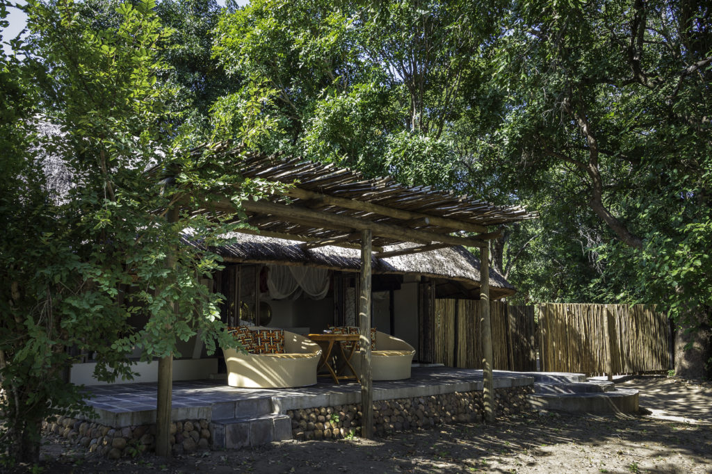 Zambia - South Luangwa National Park - 1564 - Camp Exterior