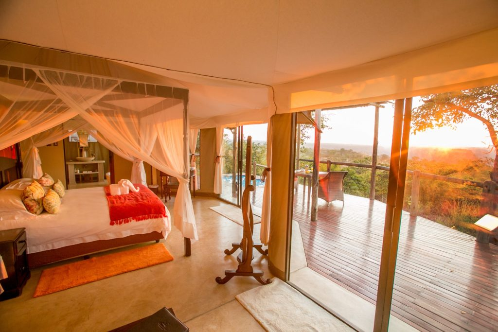 Zimbabwe - Victoria Falls - 1564 - Sunrise from Room