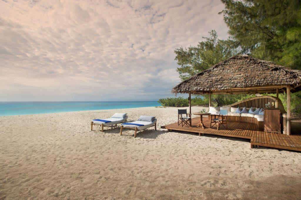 Tanzania - Zanzibar - 1568 - Beach with Seating
