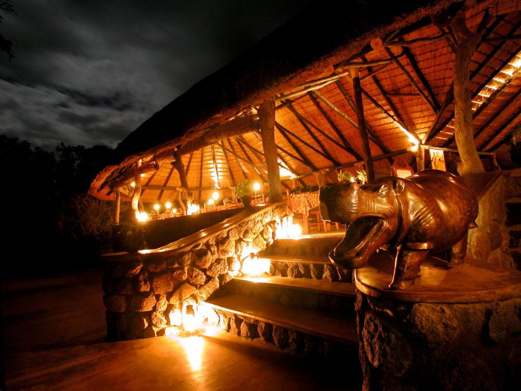 Malawi - Liwonde National Park - 1564 - Mvuu Camp at night