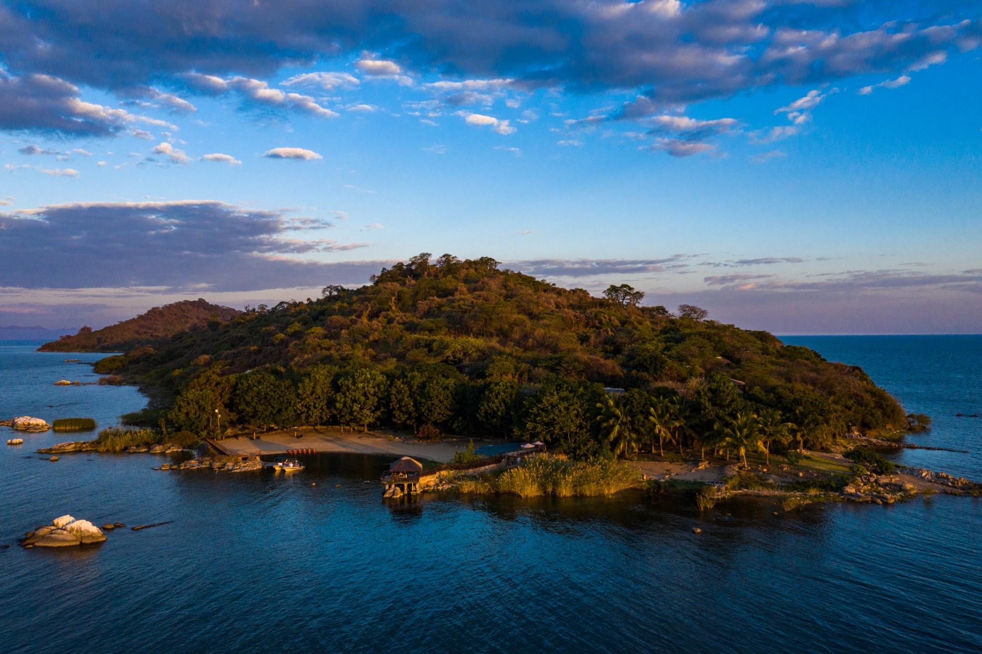 Blue Zebra Island Lodge Nankoma Island