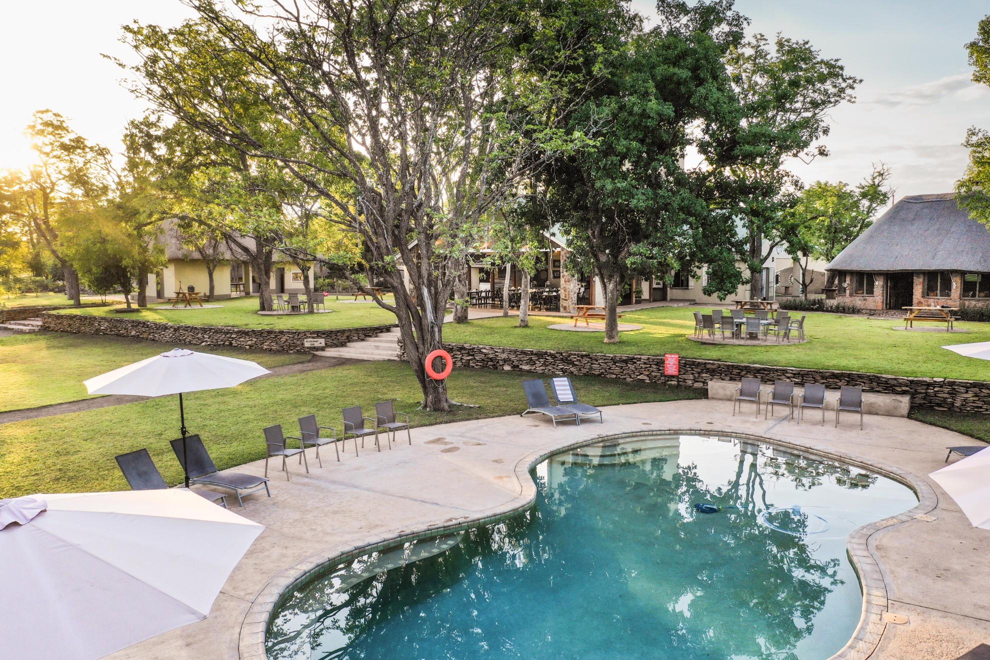 Robins Camp - Machaba Safaris - Hwange - Zimbabwe Pool and Gardens