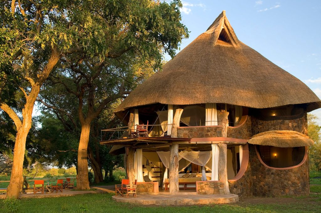 Zambia - South Luangwa National Park - 1564 - Luangwa Safari House outside area