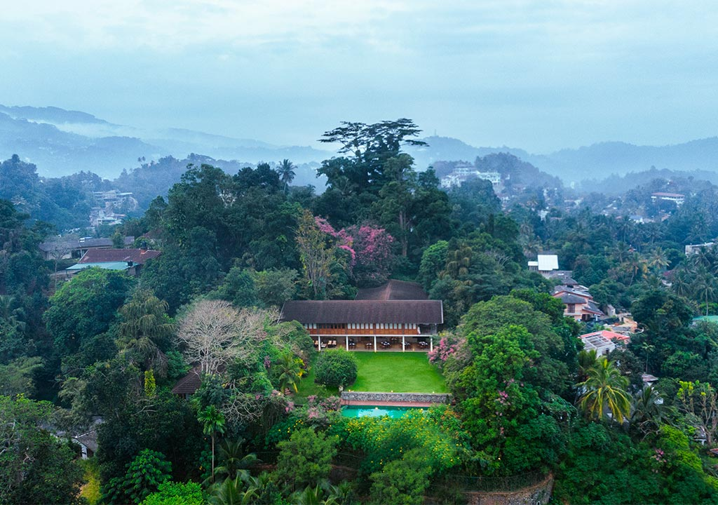 Sri Lanka - Kandy - 1567 - Kings Pavilion Kandy aerial view
