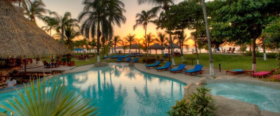 Bahia Del Sol Beach Front Boutique Hotel Pool Views at Sunset