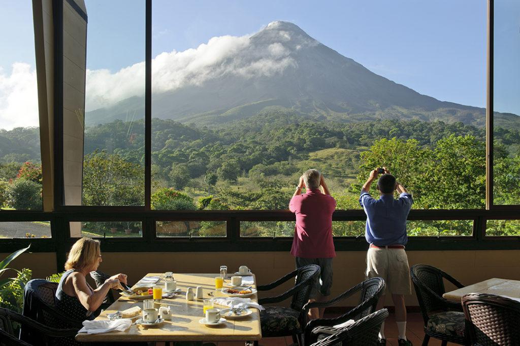 Chile - Arenal - 1570 - Kioro Volcano View Restaurante Heliconias