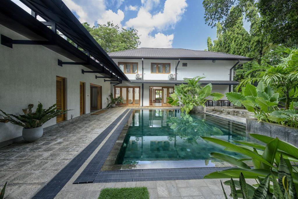 Sri Lanka - Anuradhapura - 1567 - Aryana Boutique Swimming Pool