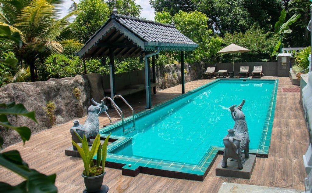 Sri Lanka - Kandy - 1567 - Manor House Swimming Pool