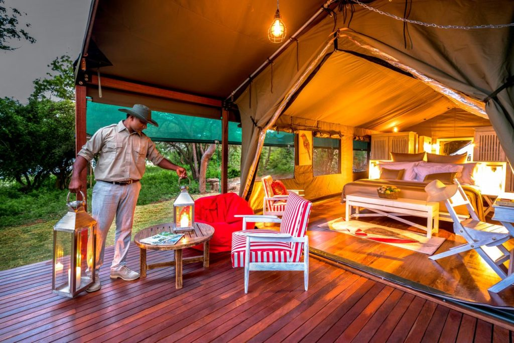 Sri Lanka - Wirawila - 1567 - Tented Lodge Decking at Candle light- Flameback Eco Lodge