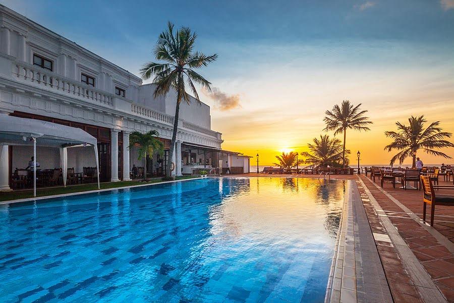 Sri Lanka - Lavinia - 1567 - Dehiwala - Mount Lavina Hotel Sunet Over Swimming Pool