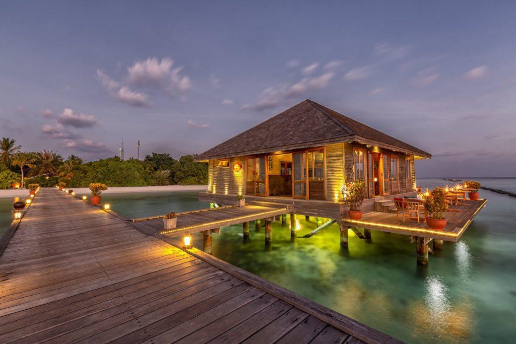 Maldives - Lhaviyani Atoll - 1567 - Komandoo Island Resort aqua restaurant
