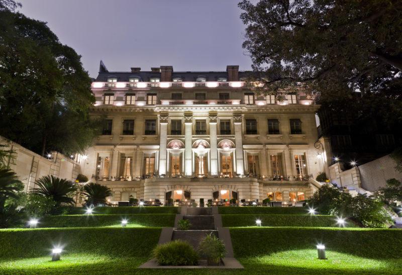 Argentina - Buenos Aires - 1584 - Palacio Duhau – Park Hyatt Front of hotel