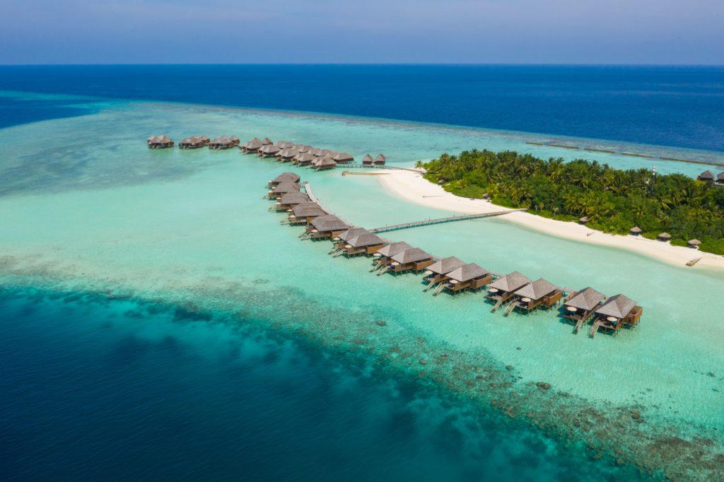 Maldives - North Ari Atoll - 1567 - Veligandu Island Resort - View from above of villas