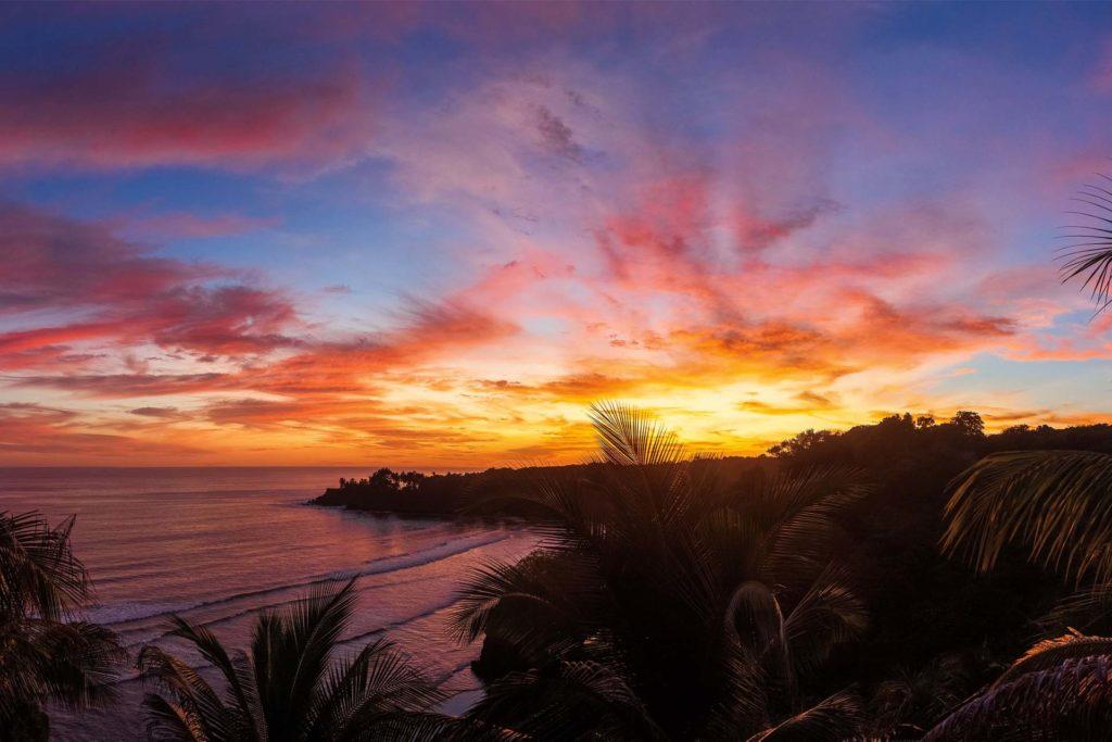 El Salvador - El Cuco - 10024 - MiraFlores at Sunset