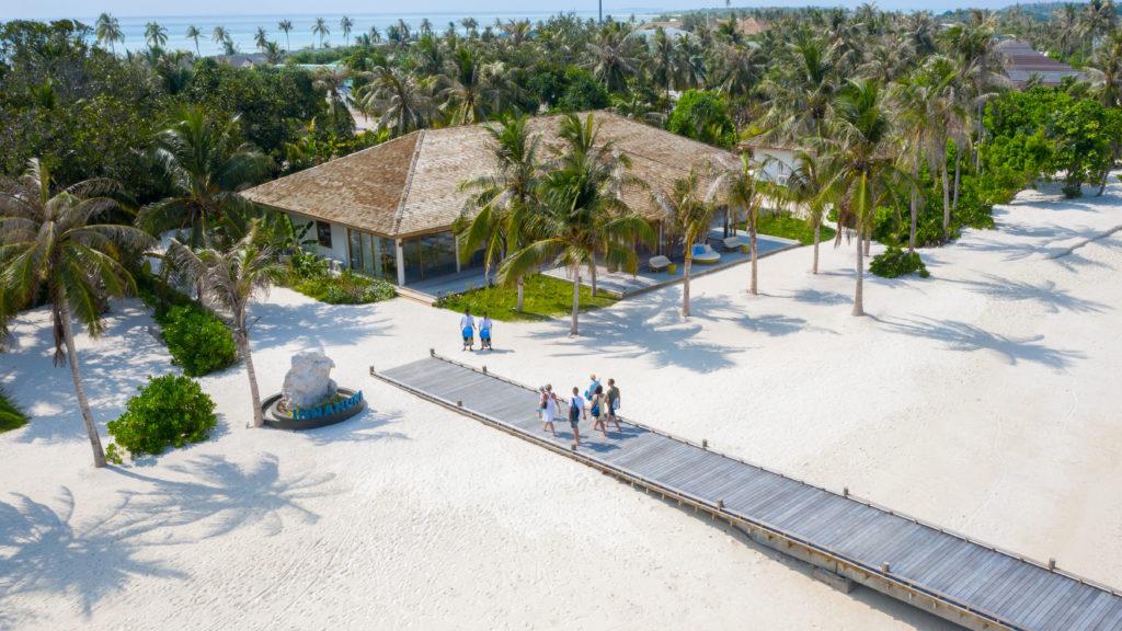 Maldives - Lhaviyani Atoll - 1567 - Innahura Island Resort welcome arrival